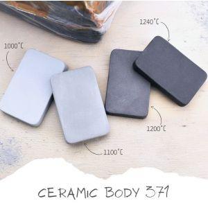 371 - gresie cu samota 25% 0- 0,2 mm, gri-negru 10 kg